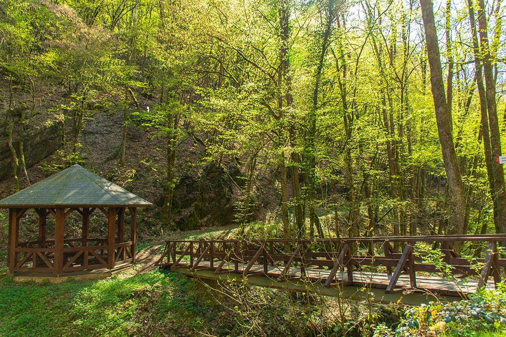 Brücke über die Endert - Wandern an der Wilden Endert