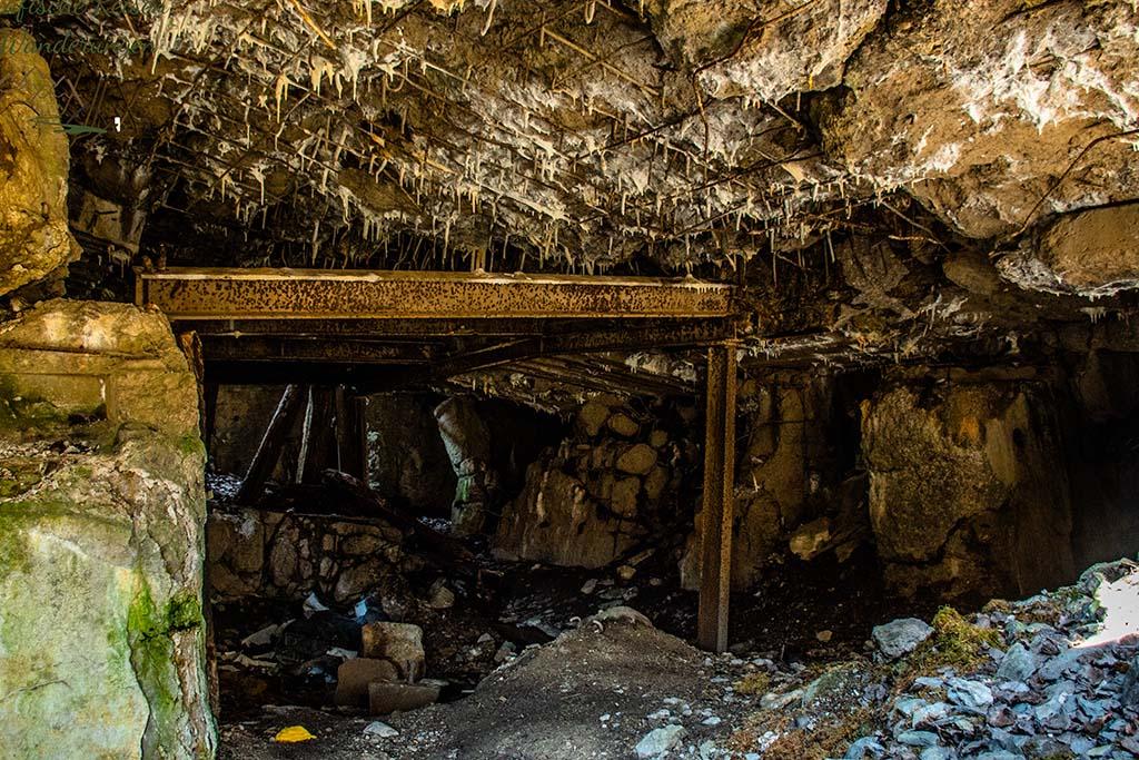 Blick in das Innere eines Bunkers