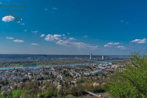 Blick auf Bonn, gegenüberliegende Rheinseite