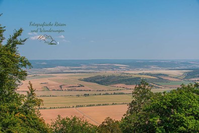 Felder, Wiesen und flaches Land unterhalb des Kyffhäuser