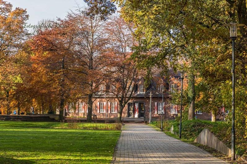 Zwischen Park und Schloss