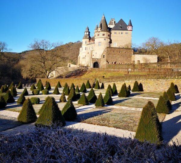 Schloss Bürresheim - Überraschend in die Eifel