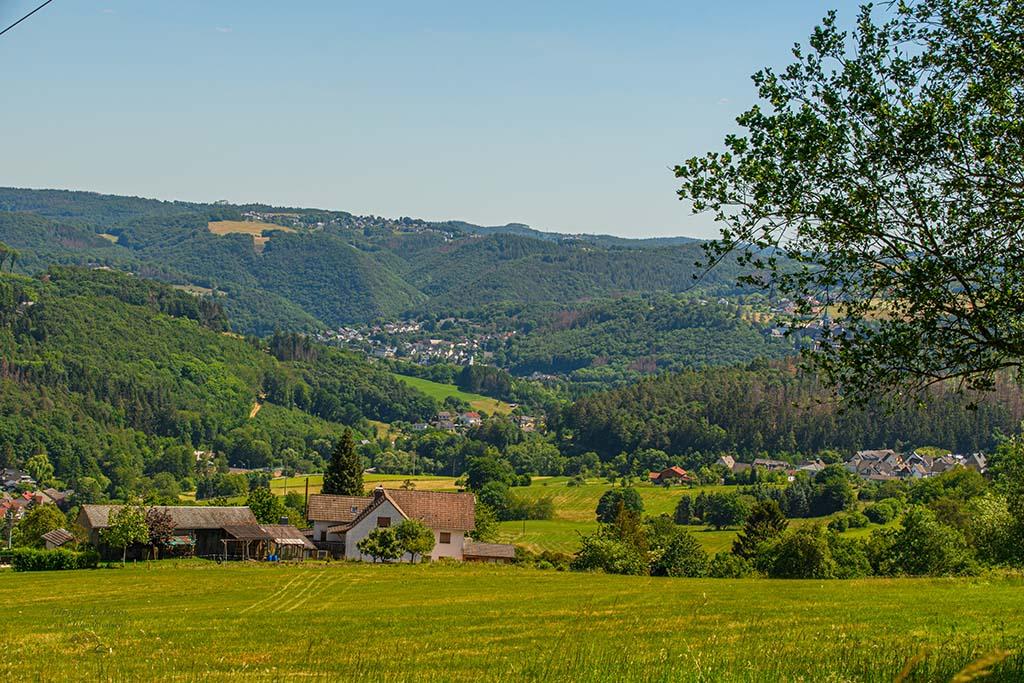 Abstecher für einen Blick auf Reuschenbach