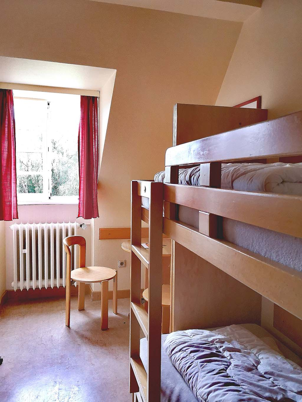 Zimmer in der Jugendherberge Hermskeil
