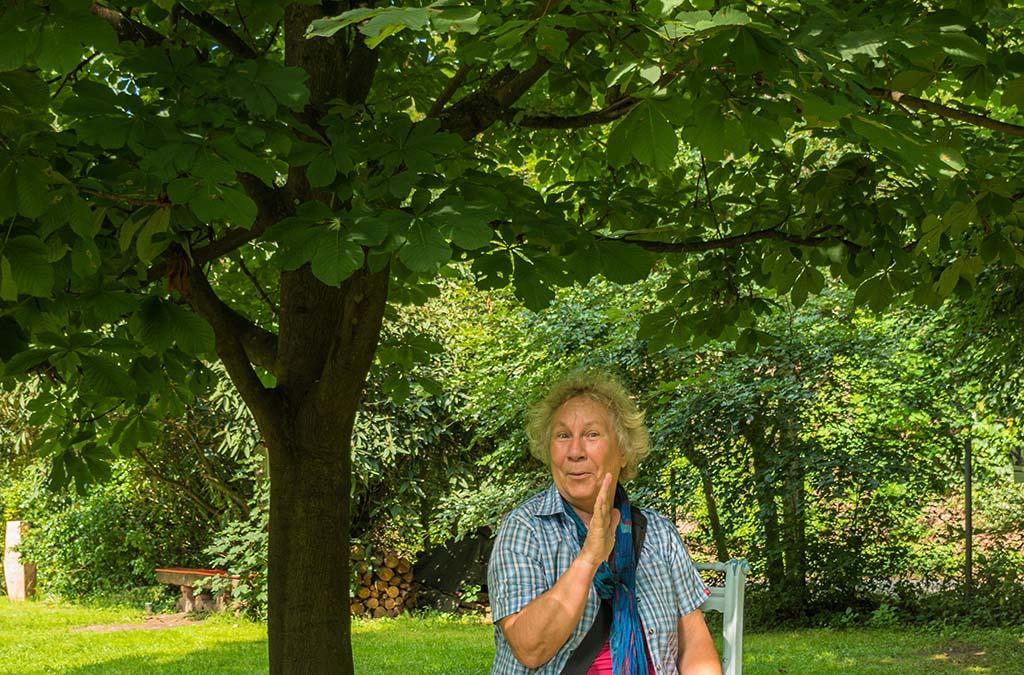 Sinneswald mit Portrait Oma Elke