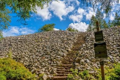 Steintreppe am Ringwall