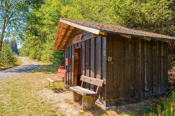Hütte mit Hüttenbuch