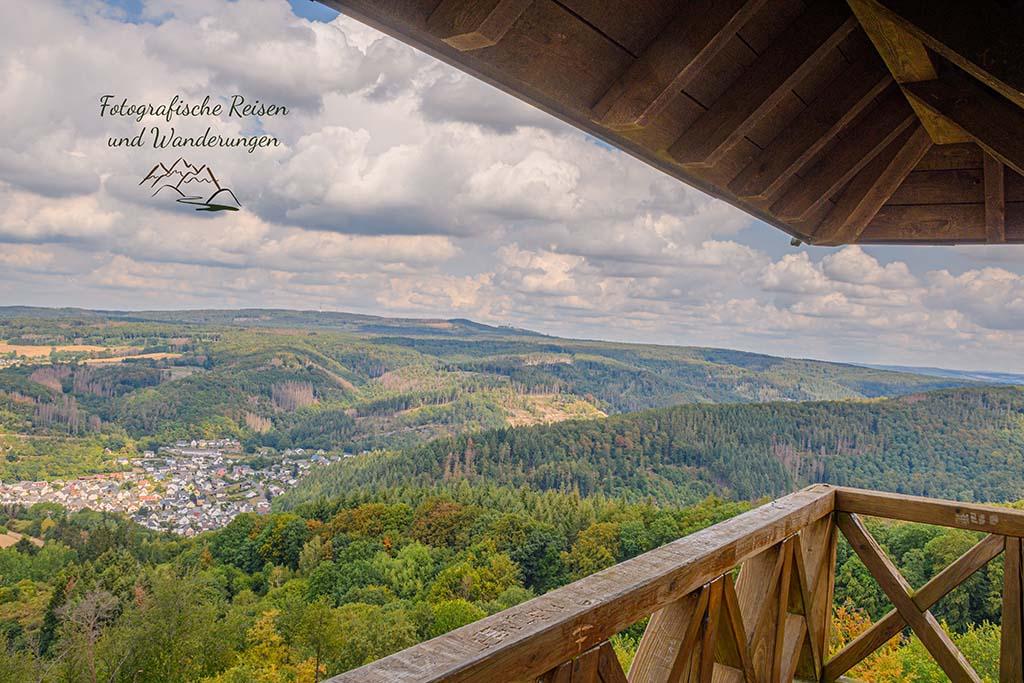 Blick auf Augst und die Wälder des Westerwaldes