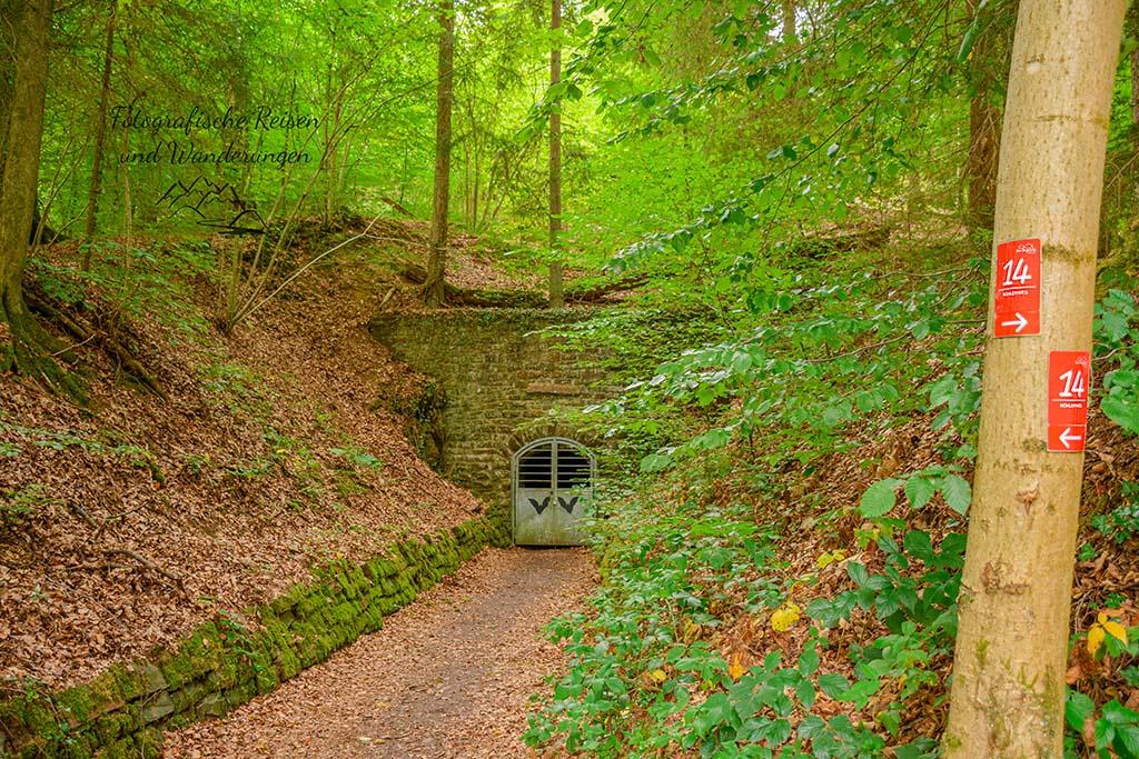 Eingang Aggertalhöhle