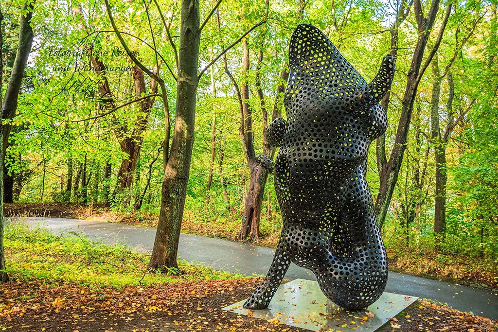 Ferryman im Skulpturenpark Waldfrieden