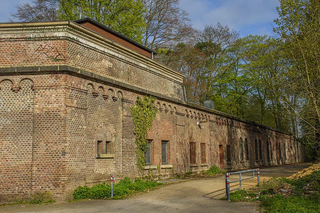 Felsengarten und Decksteiner Weiher in Köln