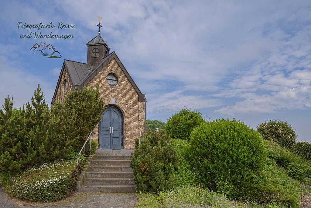 Hubertus Kapelle_EifelSchleife Berg und Tal