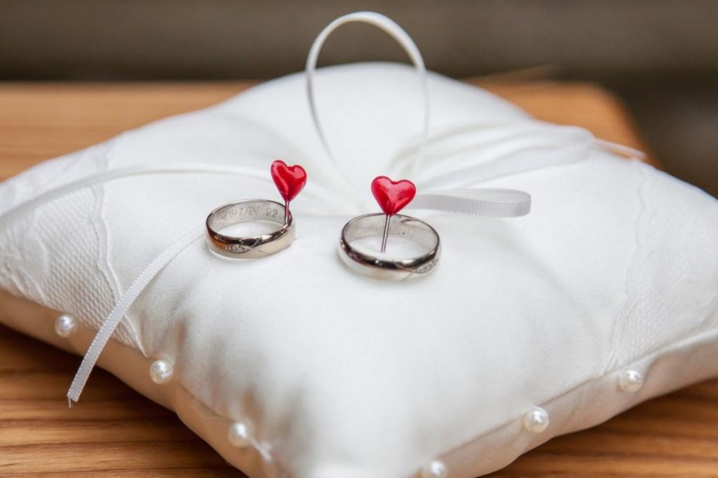 FOTO: Svatební prstýnky srdíčka