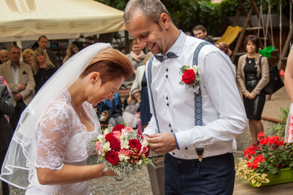svatebni-fotograf-ricany