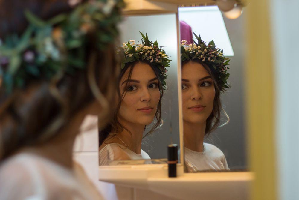 nevesta-v-zrcadle