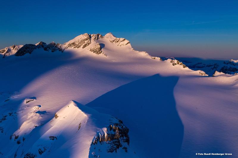 28715-1205 Glarner Berge