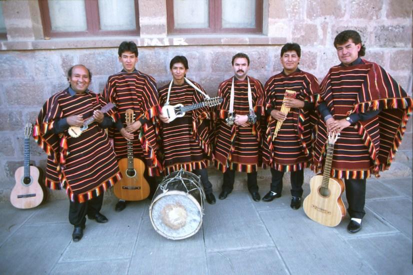 Bolivia, Sucre, Músicos folclore boliviano, retrato