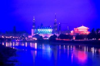 Alemania, Sajonia, Dresden, río Elba, nocturno