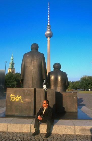 Alemania, Berlin, Monumento a Marx y Engels