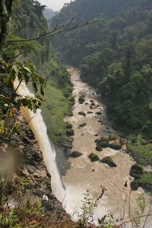 Camerún, Rio Ecom