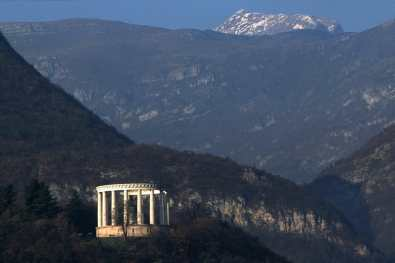 Trentino, Trento, Monumento Cesare Vatitsti