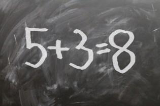 tableau d' école mathématique addition images photos gratuites libres de droits