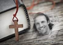 Fotomontaje de Biblia y Cruz