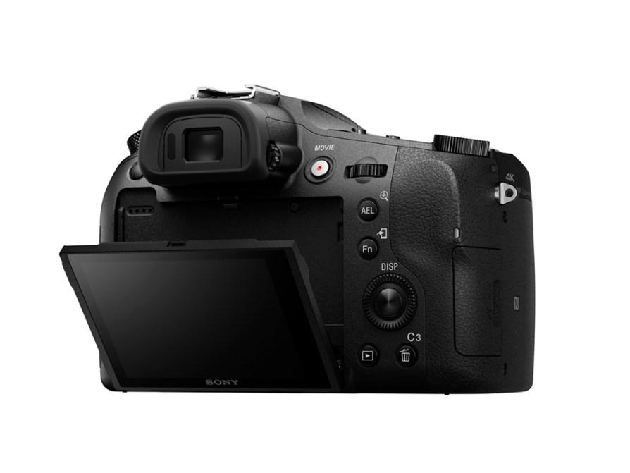 Sony RX10 Mark III 1