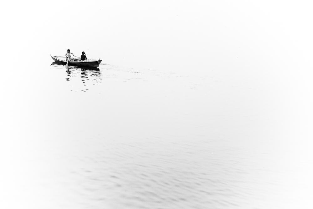El río Ganges a su paso por Varanasi, la ciudad donde todo hindú quiere morir.