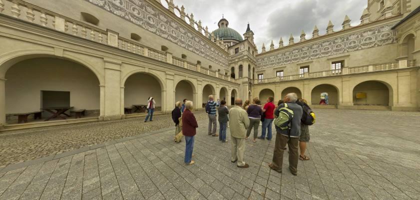 Zamek w Krasiczynie - rezydencja Krasickich iSapiehów