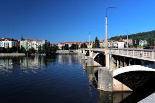 Most Legii i okolica