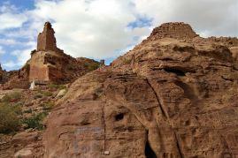 Monumenty i ruiny Fortu