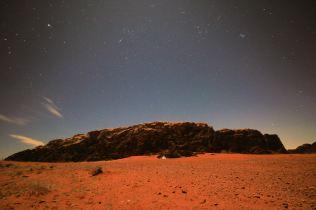 Oasis Beduin Camp nocą