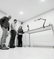 taller_reparación_equipos-fotográficos-y-de-imagen-y-sonido_sala-recepción-equipos