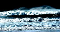 Brandung / Breaking wave II