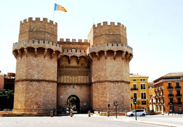 Torres de Serranos, vista desde el puente