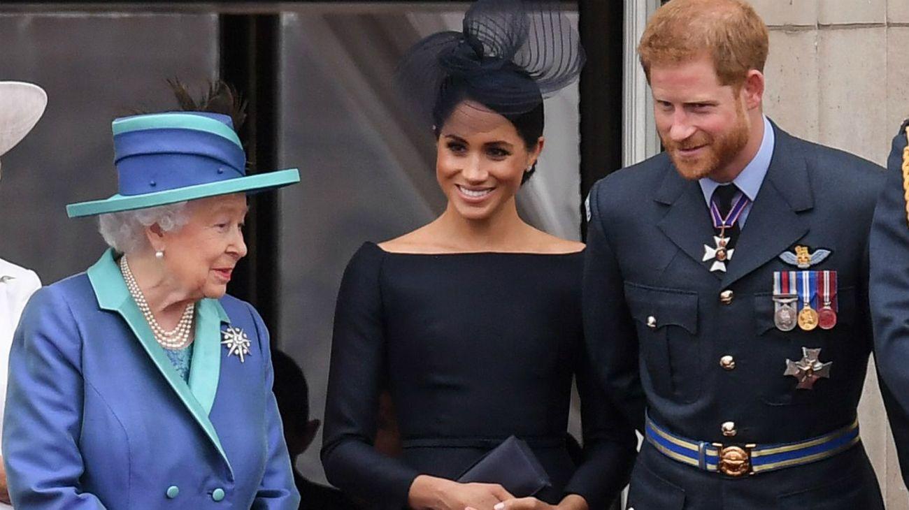 El Príncipe Harry y Meghan Markle y La Reina