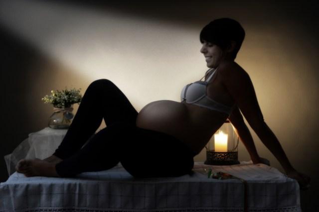 Federica aspetta Luca, potrebbe nascere qui? #fotografogravidanza