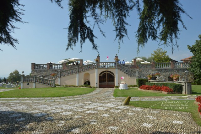 Villa Merlin, location con piscina. #piscinacoperta #villamerlin