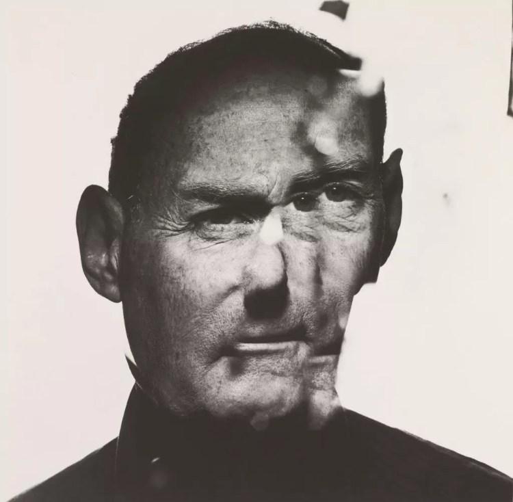 Irving Penn Autorretrato