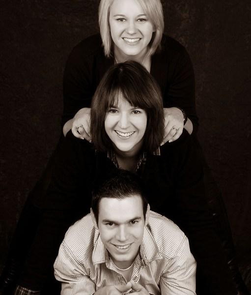 Schöne Geschwisterfotos im Fotostudio Wagner machen lassen