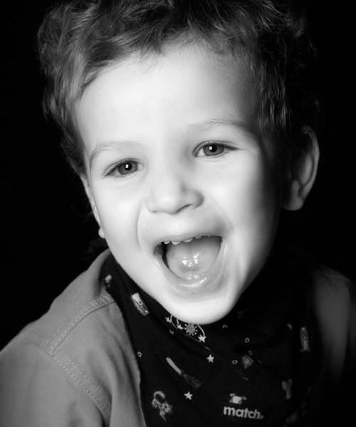 Fotoshooting für Kinder: lüstige Kinderfotos im Fotostudio Wagner