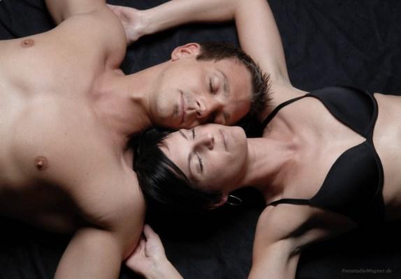 03 Erotisches Paarshooting im Fotostudio Wagner München