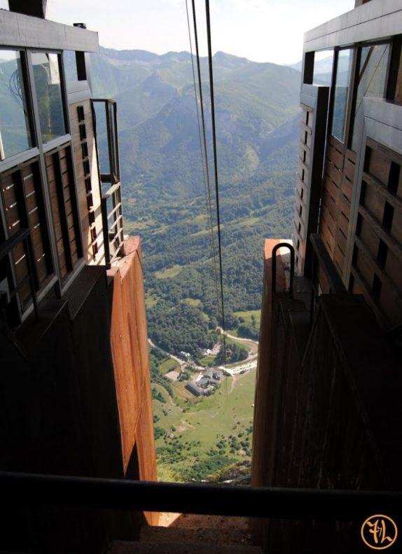 Vista del Teleférico de Fuente Dé, desde arriba