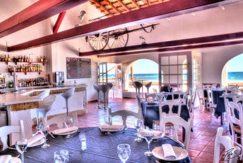Interior del Restaurante Seis Perlas