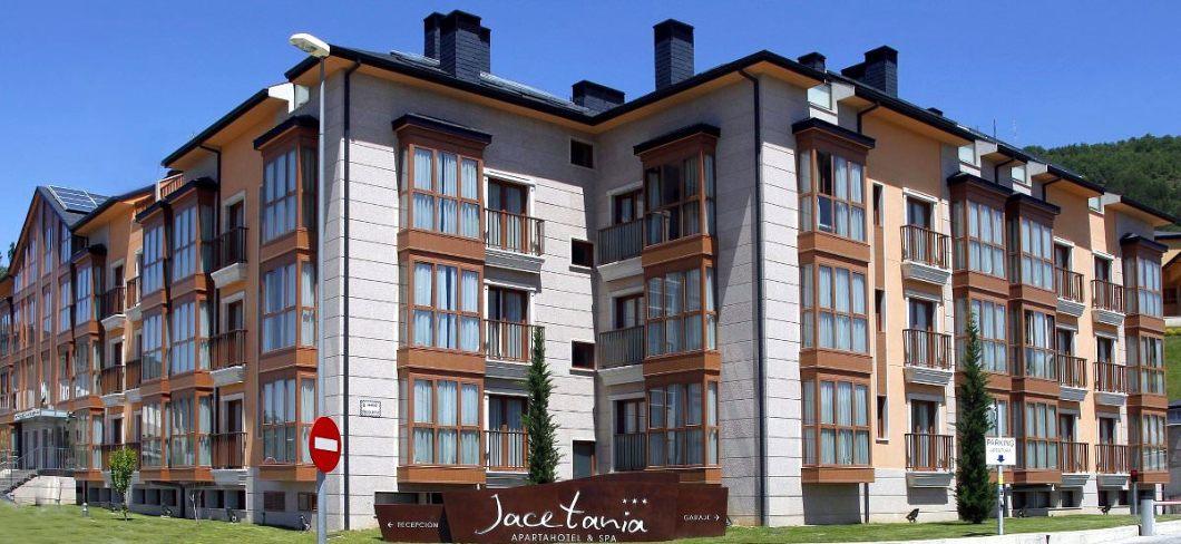Exterior jacetania apartamento en Jaca