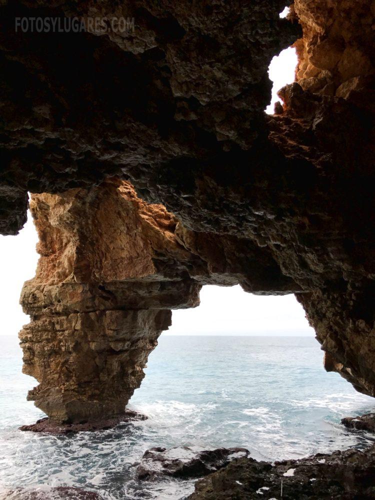 Cueva de la Cala del Moraig