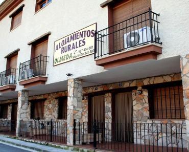 Alojamiento rural en Alcalá del Júcar. Completo, acogedor y a buen precio
