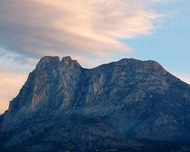 Ruta a la cima del Puig Campana por el sendero botánico