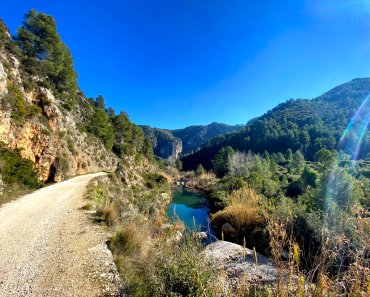 La vía verde del Serpis, una preciosa ruta para hacer con niños en Alicante